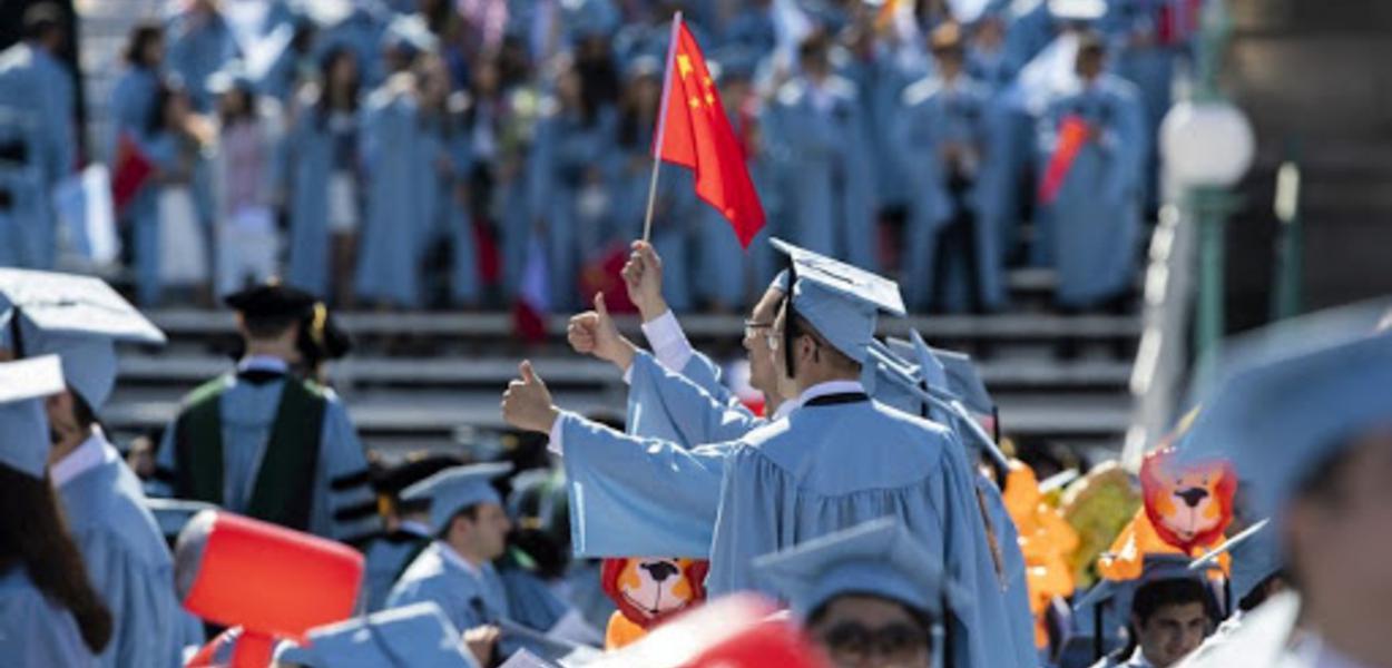 Estudantes chineses nos EUA