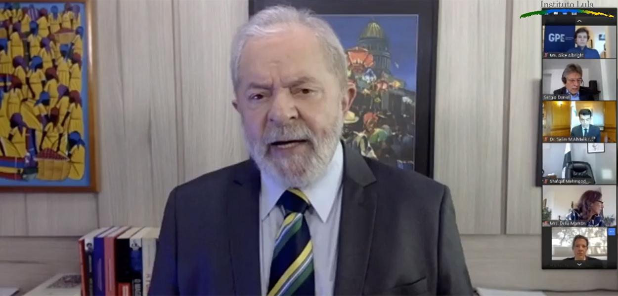 """Lula participa do Seminário """"Educação e as Sociedades Que Queremos"""""""