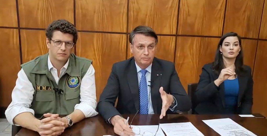 Ricardo Salles, Jair Bolsonaro e tradutora