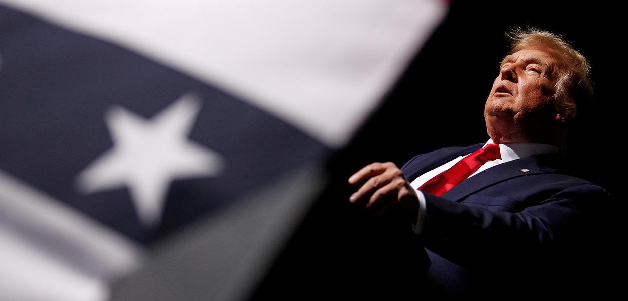 Presidente dos EUA Donald Trump durante evento de campanha em Newport News, Virginia. 25 de setembro de 2020