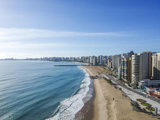 O dentista Igor Ribeiro fala sobre expansão da clínica odontológica para um shopping em Fortaleza