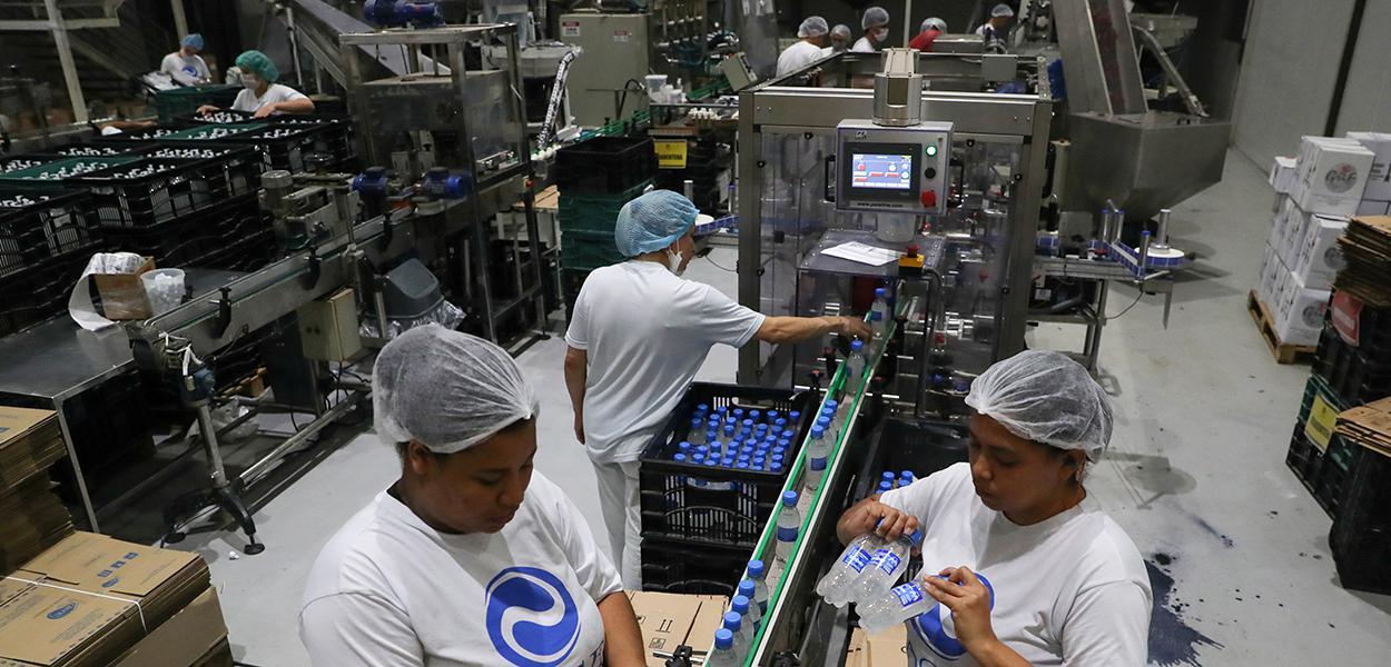 Brasil deve fechar 2020 com ociosidade elevada na economia