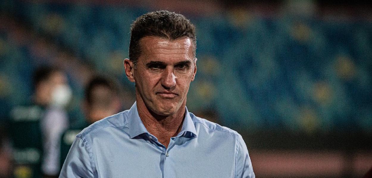 Vagner Mancini deixa o Atlético-GO e é o novo técnico do Corinthians