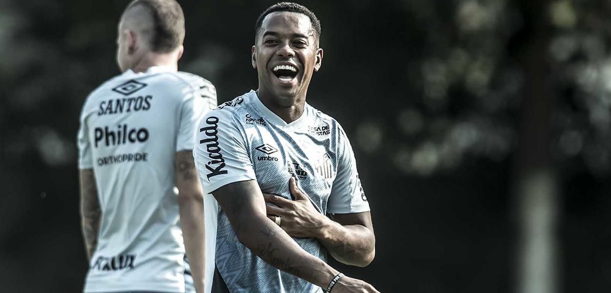 Robinho no primeiro treino no Santos. 13 de outubro de 2020