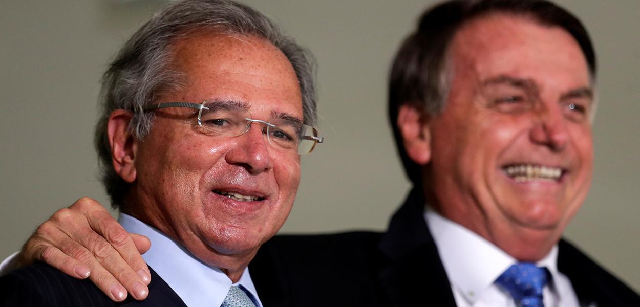 Bolsonaro e Guedes participam de cerimônia no Palácio do Planalto. 07/10/2020