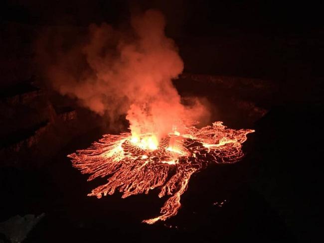 Lava do Nyiragongo transborda