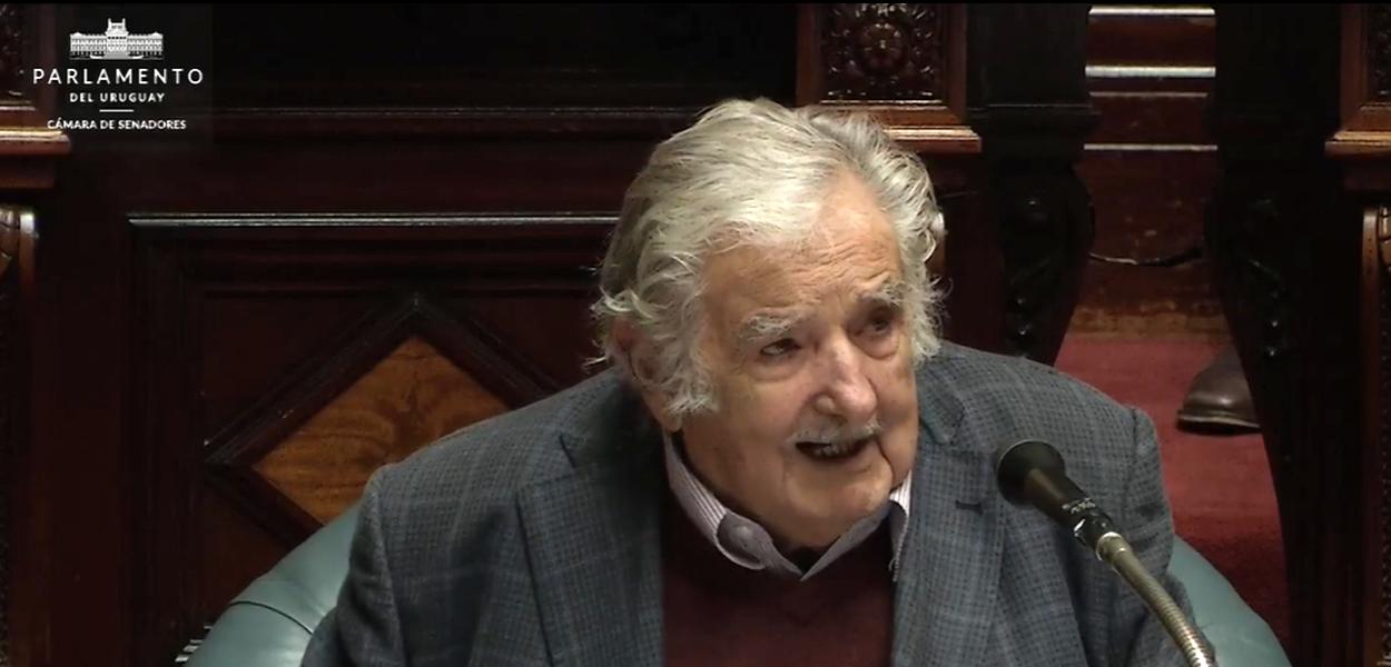 José 'Pepe' Mujica, ex-presidente e senador do Uruguai, em seu discurso de renúncia.