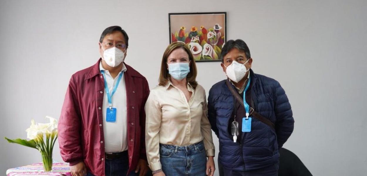 Gleisi, com o presidente eleito da Bolívia Luis Arce e o vice David Choquehuanca
