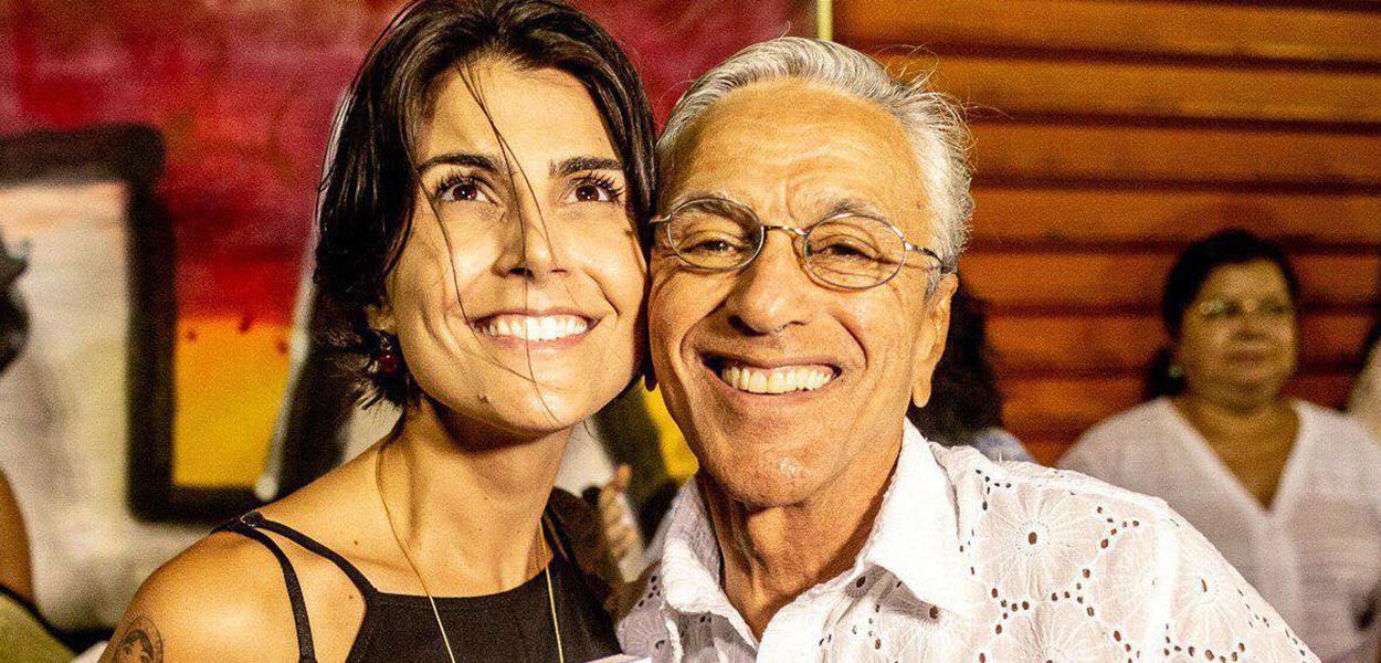 Manuela D'Ávila e Caetano Veloso
