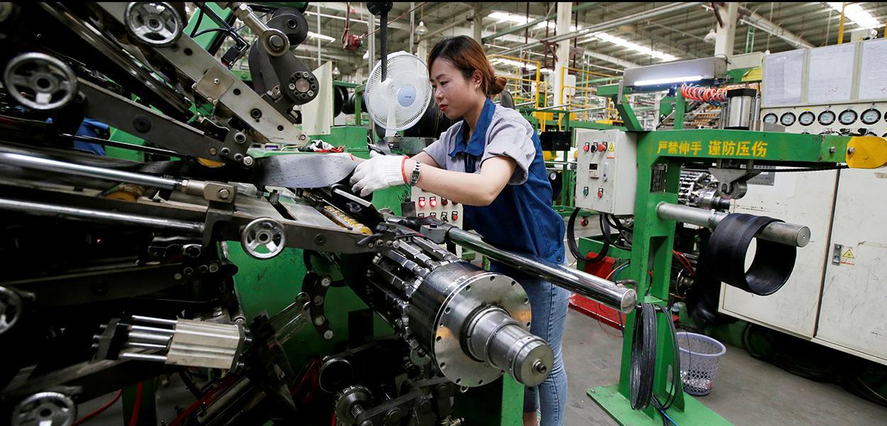 Linha de produção de uma fábrica em in Xingtai, na província de Hebei, China. 21/05/2019