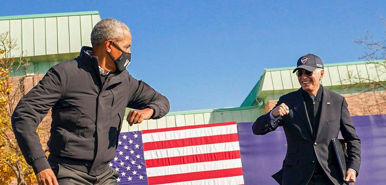 O ex-presidente Barack Obama e o candidato  a presidente dos Estados Unidos Joe Binden durante campanha EUA 02 11  2020