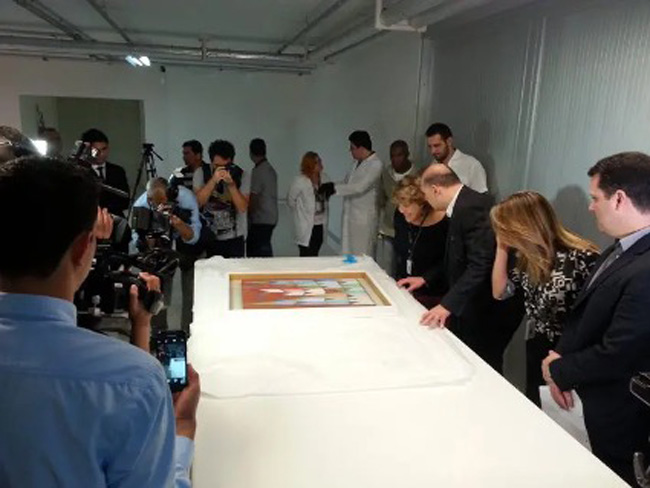 Museu Oscar Niemayer, peças de Renato Duque