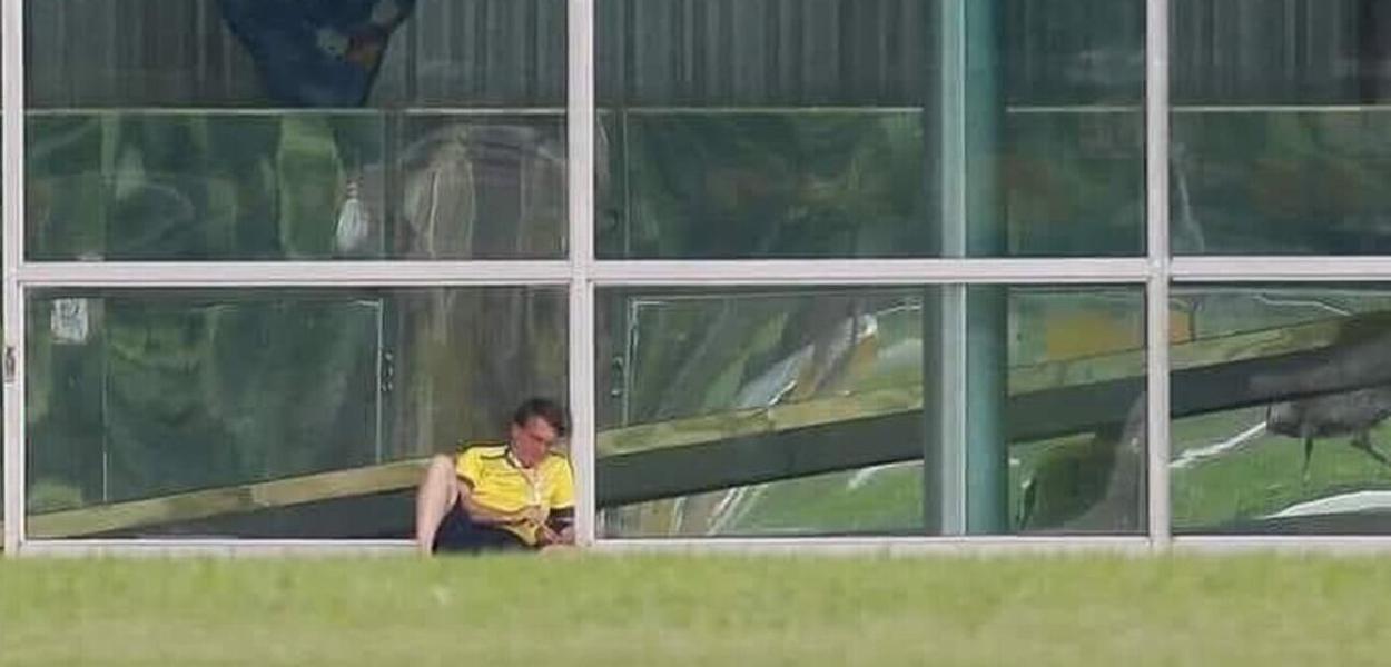 Bolsonaro foi abandonado. É a hora da trégua - Moisés Mendes - Brasil 247