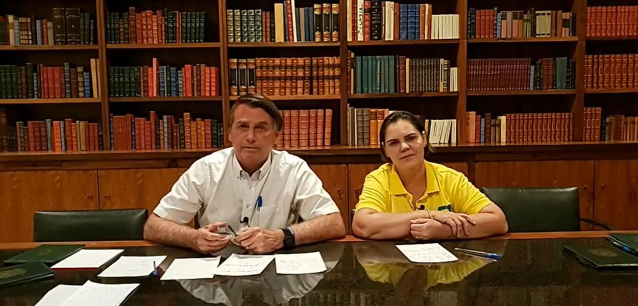 Jair Bolsonaro em live no Facebook