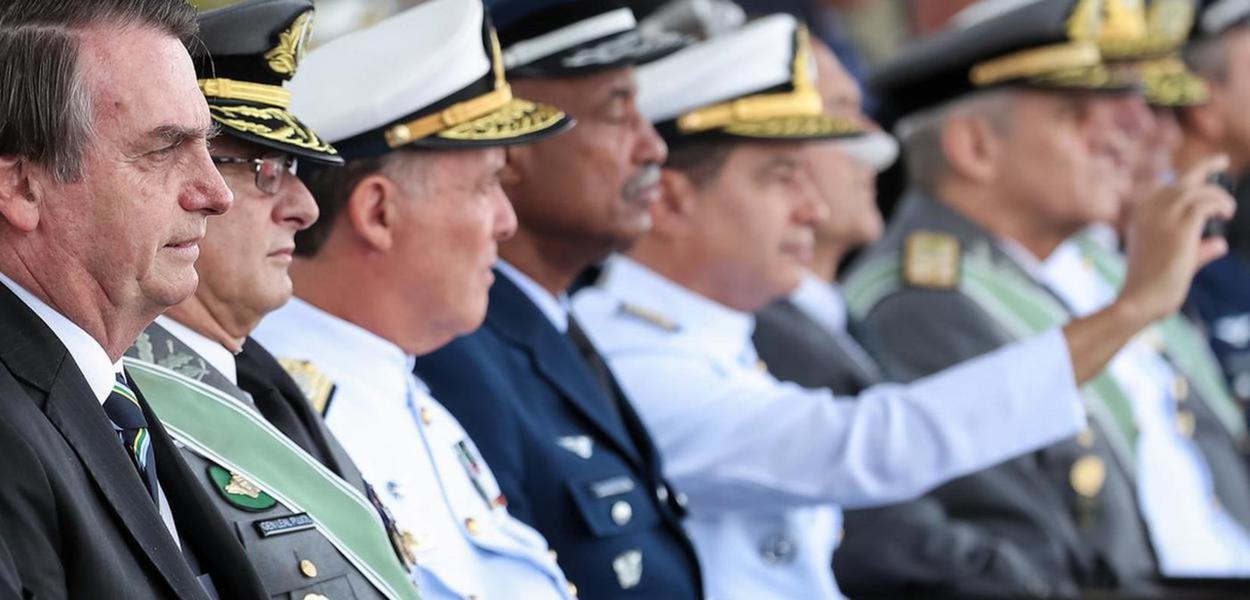 Jair Bolsonaro durante Cerimônia Comemorativa do Dia do Exército, em 2019