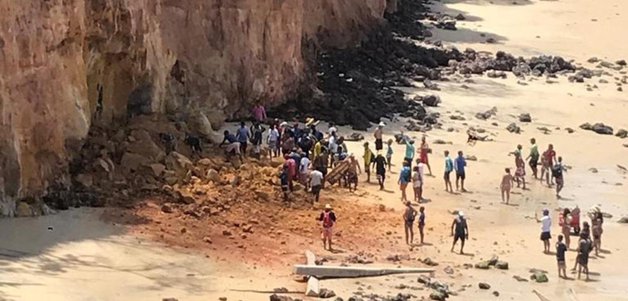 Praia de Pipa, distrito de Tibau do Sul (RN)