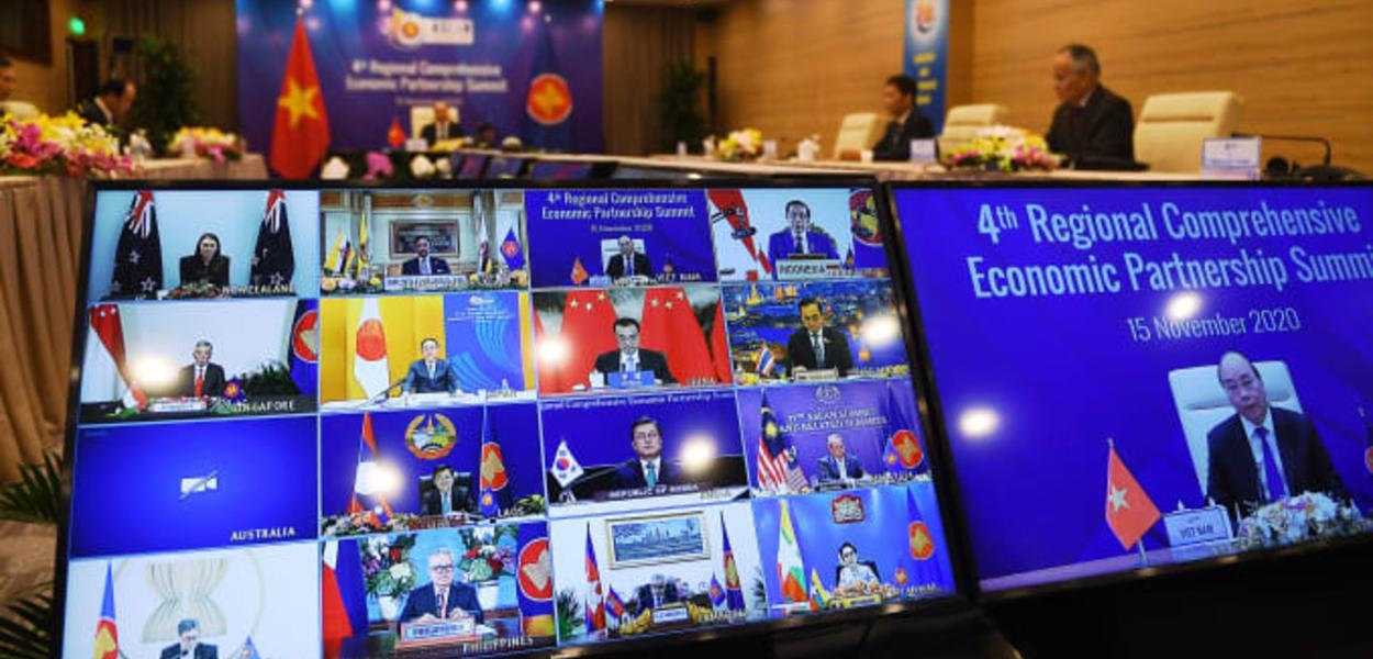 Em reunião virtual é assinado o maior acordo comercial do mundo
