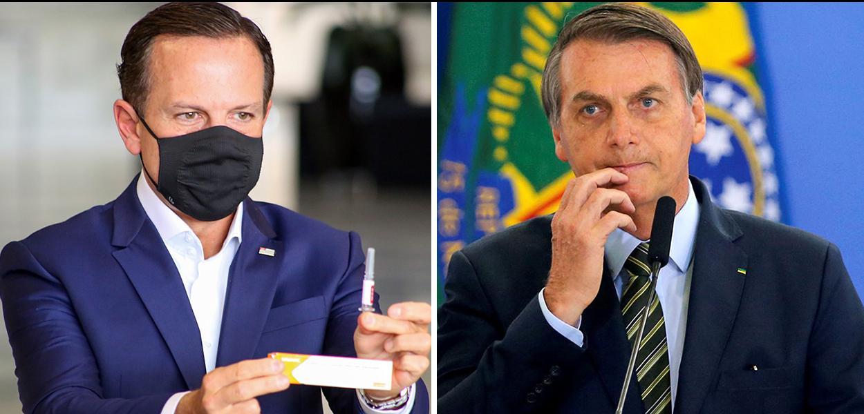 Doria segurando a vacina CoronaVac e Jair Bolsonaro