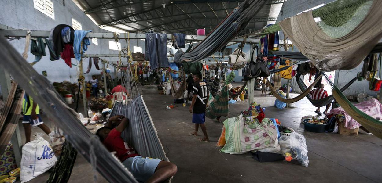 Indígenas venezuelanos, da etnia Warao, são acolhidos no abrigo Janokoida, em Pacaraima