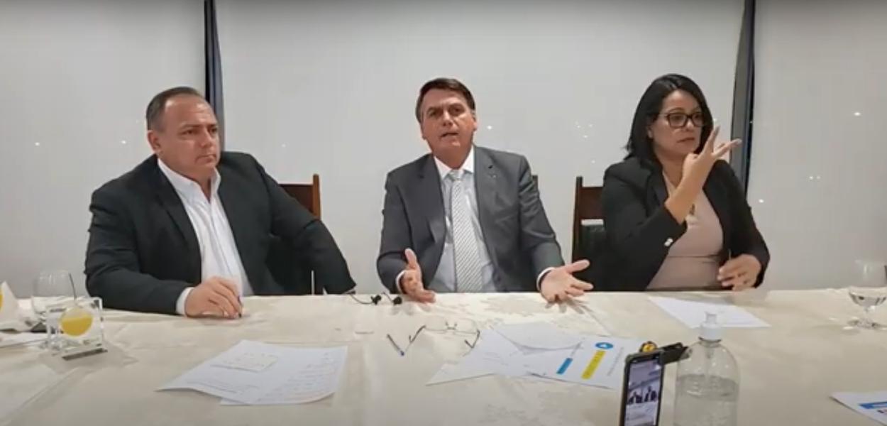 Eduardo Pazuello e Jair Bolsonaro