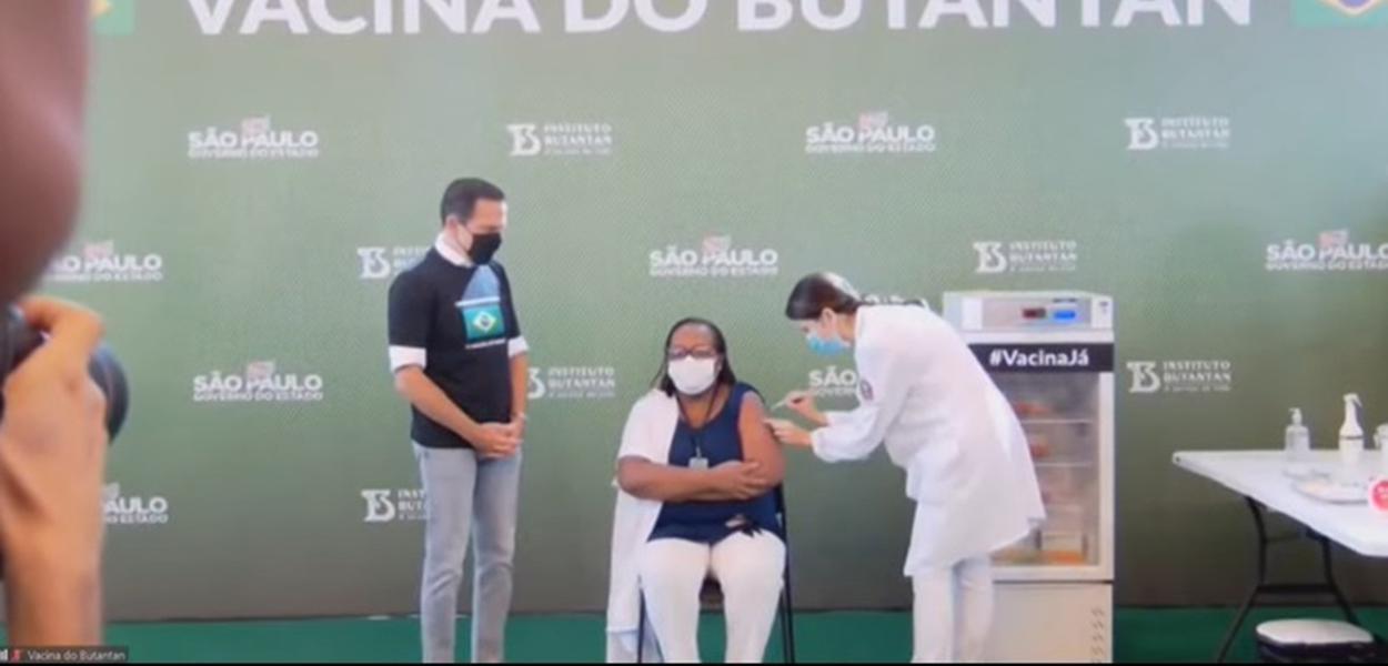 João Doria e a enfermeira Monica Calazans