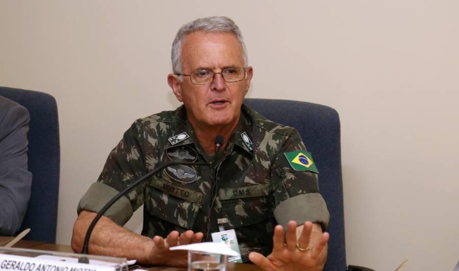 Morre de Covid general Miotto, colega de turma de Bolsonaro nas Agulhas  Negras - Brasil 247