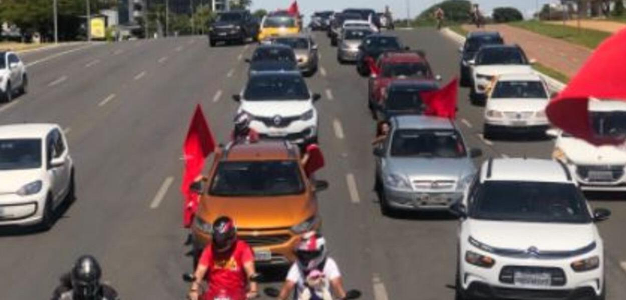 Neste fim de semana relizam-se novas carreatas contra governo Bolsonaro