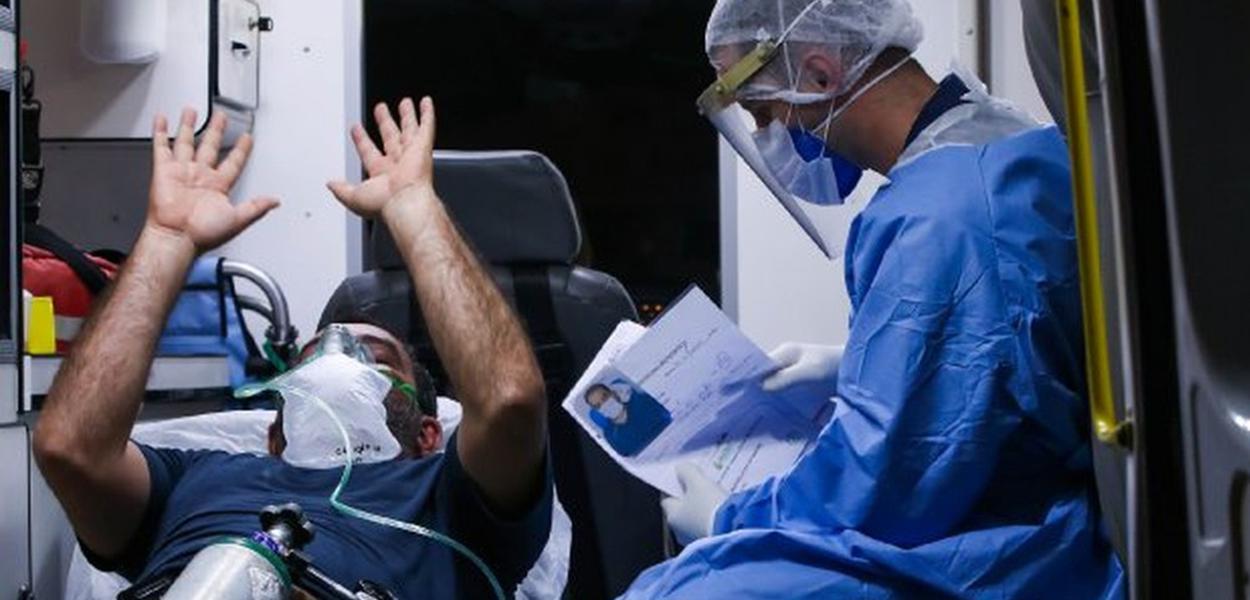 Jato da Força Aérea Brasileira (FAB) levam pacientes de Manaus para Santa Catarina