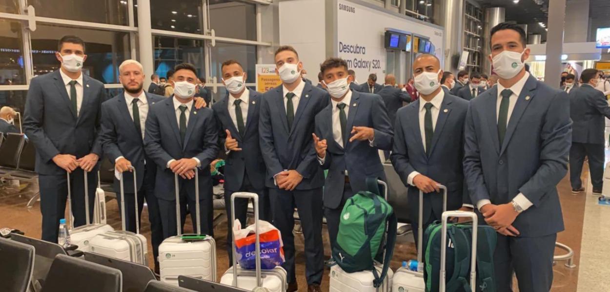 Delegação do Palmeiras chega em Doha, no Catar