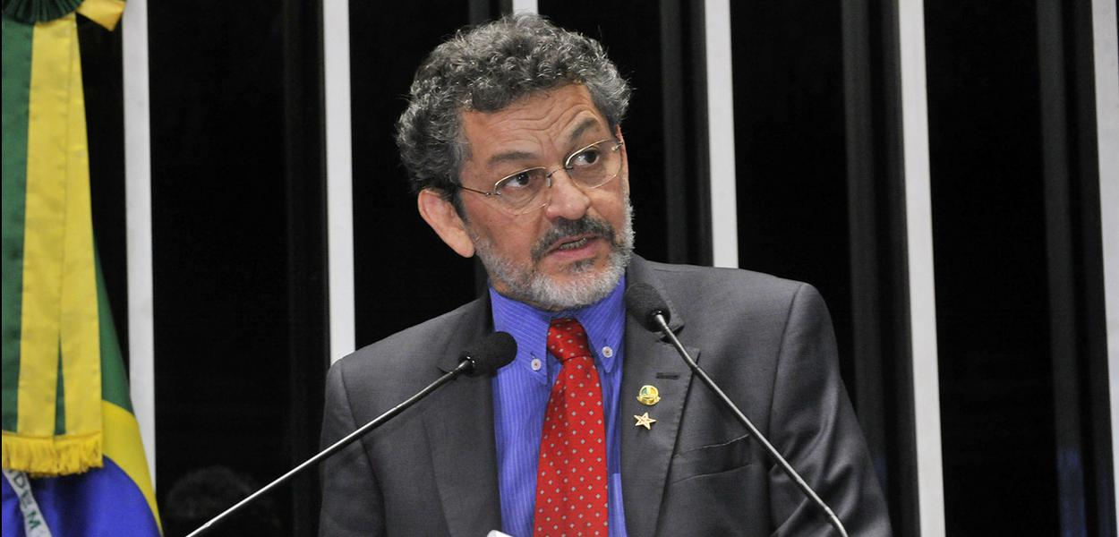 O senador Paulo Rocha (PT-PA)