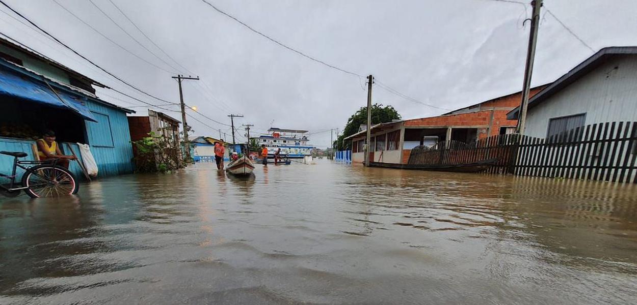 Fortes chuvas atingiram quase 3 mil residências em 24 bairros da capital