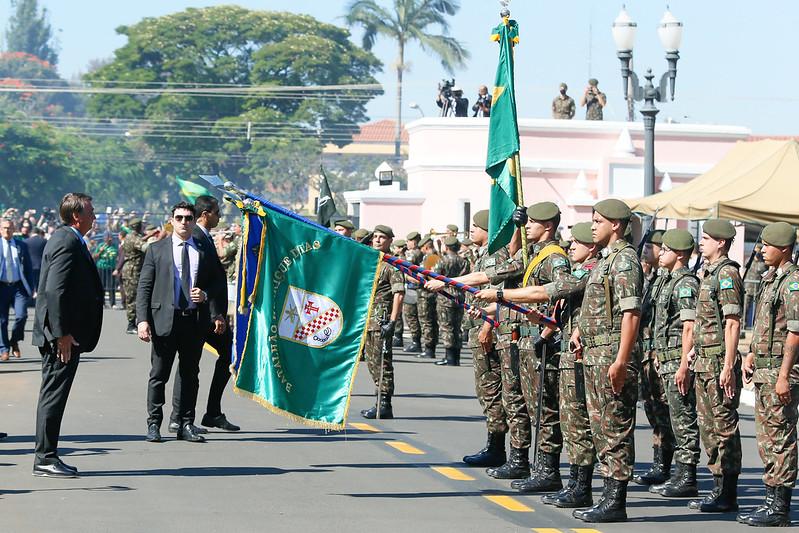 Bolsonaro em formatura de cadetes em Campinas (SP)
