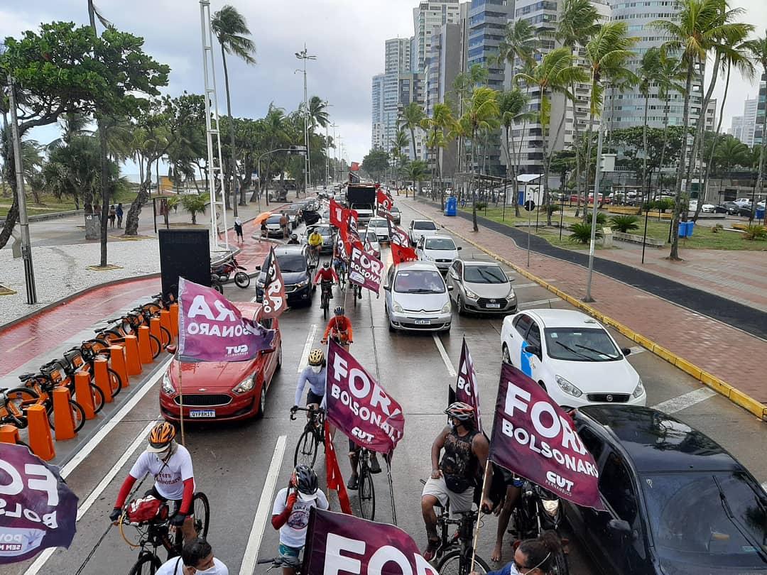 Protesto pede Fora Bolsonaro