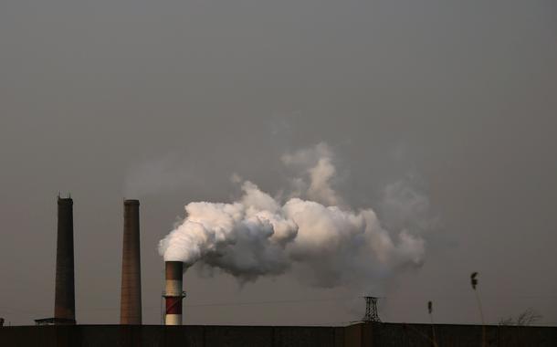Agência internacional alerta para aumento das emissões de gases poluentes
