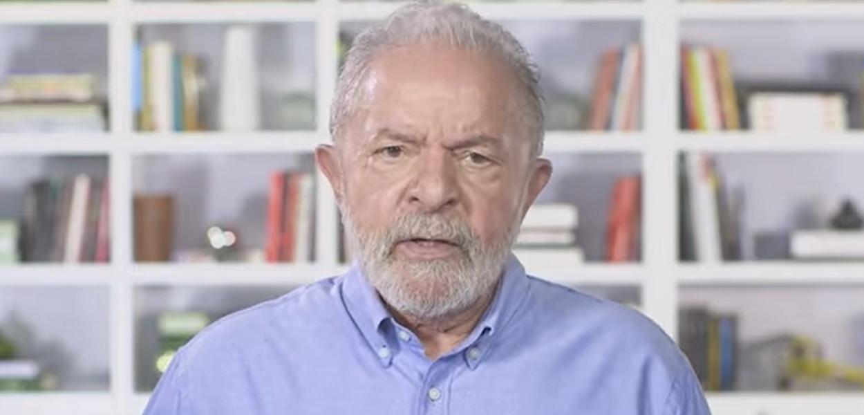 Ex-presidente Lula se dirige aos trabalhadores neste 1º de Maio