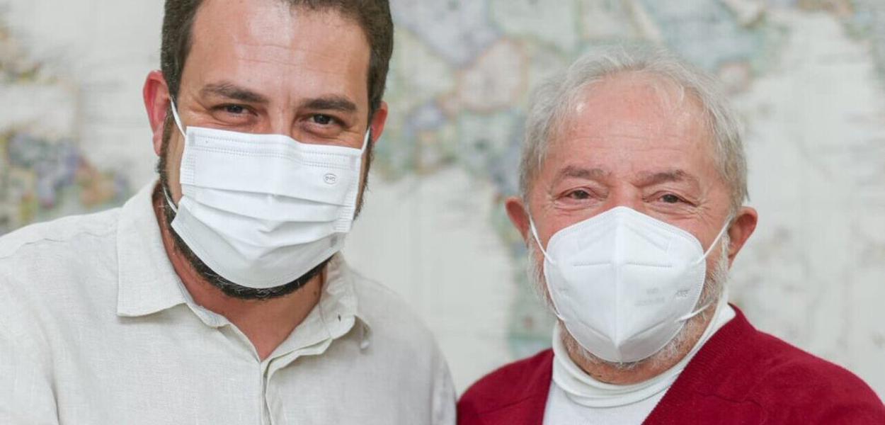 Ex-presidente Lula se reúne em São Paulo com o líder do MTST Guilherme Boulos