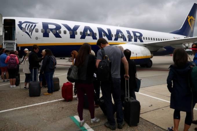 Pouso forçado de avião da Ryanair com destino à Lituânia em Belarus causa  revolta - Brasil 247