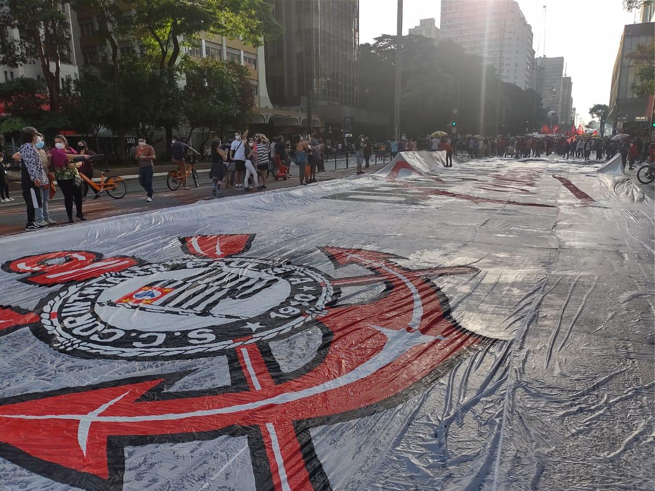 Ato na Paulista Corinthians
