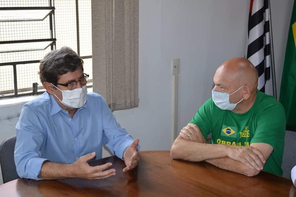 Prefeito e Porto Feliz e Luciano Hang (foto: prefeitura de Porto Feliz)