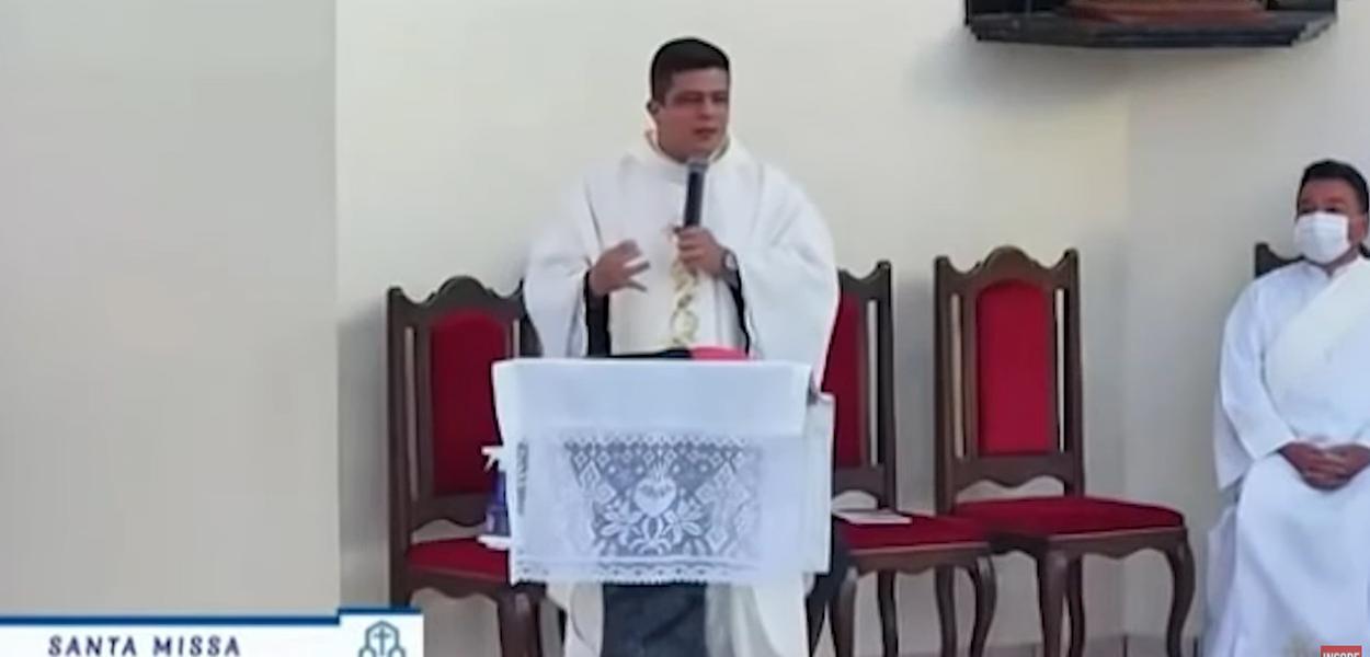 Padre Pablo Henrique de Faria