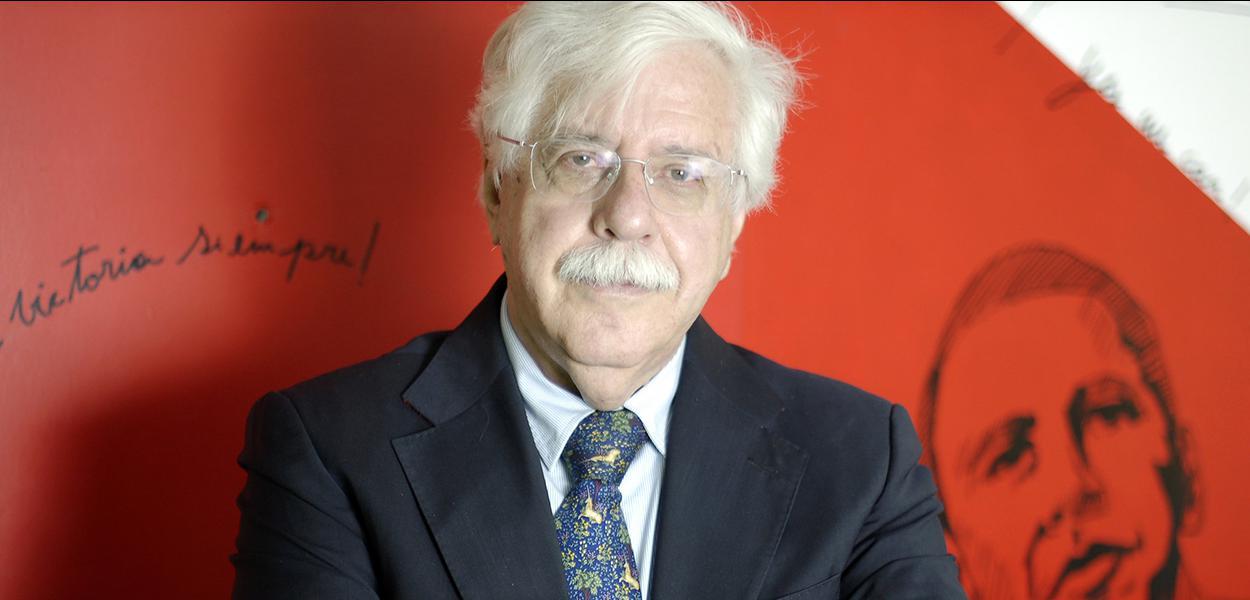 Professor de Ética e Filosofia da Unicamp Roberto Romano