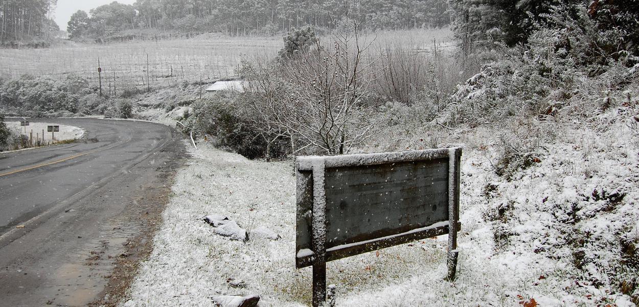 Neve na zona rural de São Joaquim, Santa Catarina