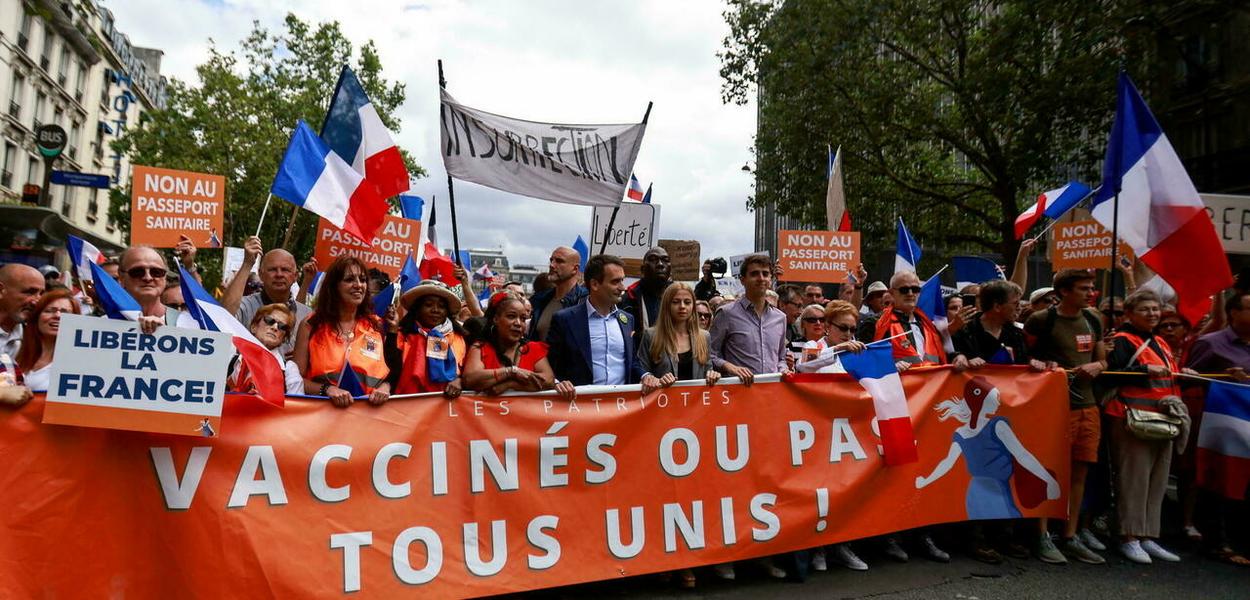 Ato convocado pelo movimento de extrema direita Os Patriotas, em Paris