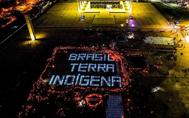 Acampamento pela Vida dos povos indígenas em Brasília