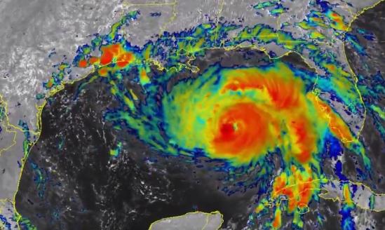 Furacão Ida atinge costa da Louisiana