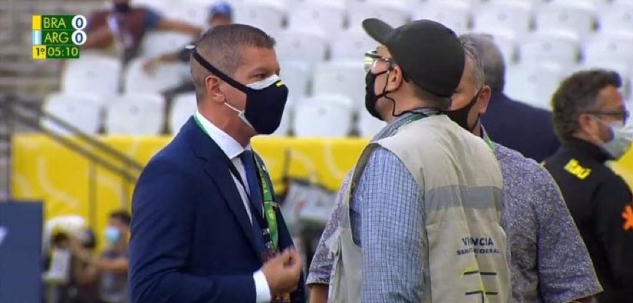 Jogo Brasil e Argentina é suspenso após interrupção da Anvisa