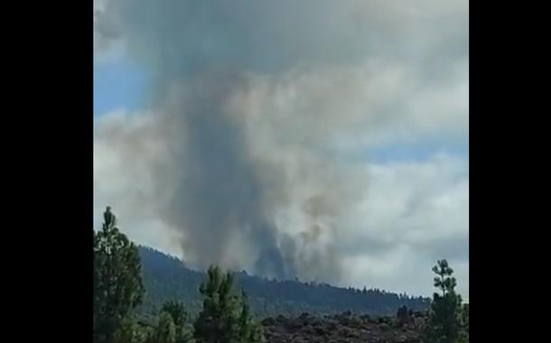 Vulcão em La Palma em erupção