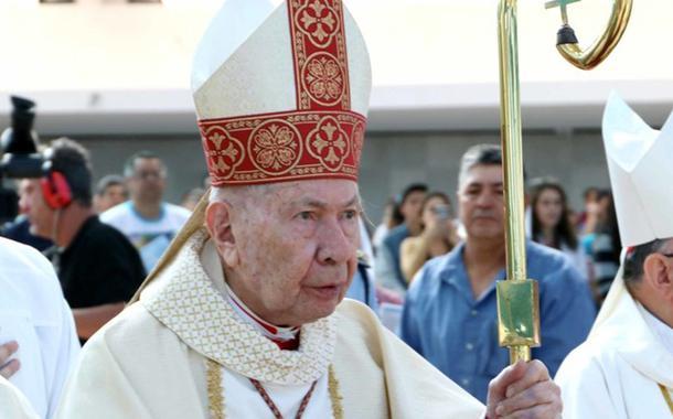 Arcebispo emérito de Brasília morre por complicações da Covid-19