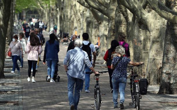 Berlinenses aprovam expropriação de grandes imobiliárias para diminuir especulação de imóveis