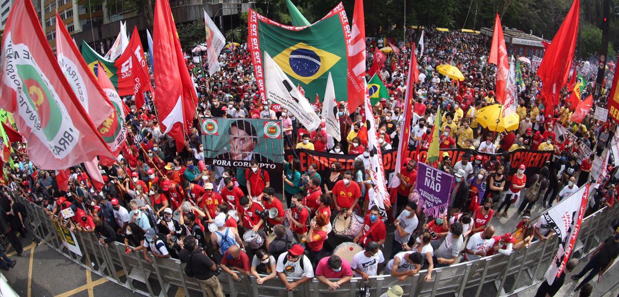 "Manifestação ""Fora Bolsonaro"", São Paulo, Av. Paulista."
